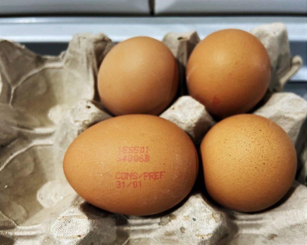 choisir ses œufs/elegir huevos